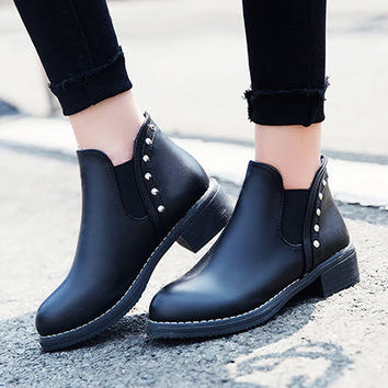 pp134 Elegant Martin ankle booties, low heeled,size 35-40, blue