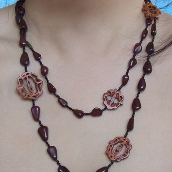 necklace / japanese necklace / 70s japanese necklace / seeds beads nuts