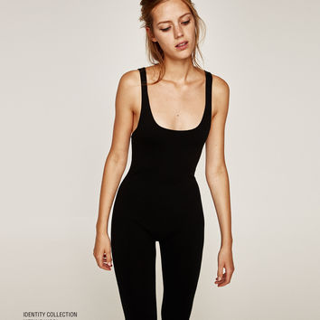 IDENTITY COLLECTION STRAPPY KNIT JUMPSUIT DETAILS