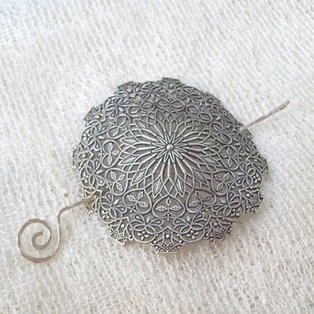 Silver Shawl Pin, Silver Scarf Pin, Filigree Shawl Pin,  hair slide, oxidized, victorian, fall fashion, silver filled, round, filigree