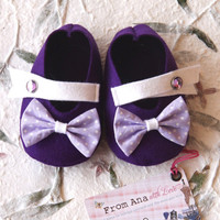 BABY SHOES Girl - Newborn also available - Purple, Lilac and White with Bow - 100% Wool Felt
