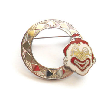 Vintage Clown Brooch Circle Enamel Cloisonne Creepy Uncomfortable Unusual Weird Odd Circus Red White Silver Tone Metal