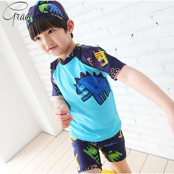 Hot Boys Swimsuit 3pcs/set Hat+Shirts+Shorts Kids Swimwear Boys Beachwear Sports Swimming Trunks for Children