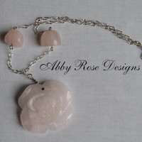 Rose Quartz Rose Necklace
