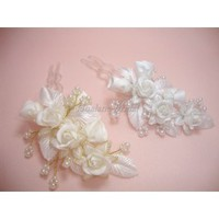 Pearl and Flower Hairpin - Hoalane Bridal