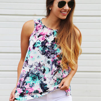Floral Print Sleeveless One Button T-Shirt
