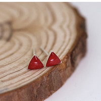 Red Sea Shell Triangle Stud Earring, 925 Sterling Silver Earrings, Petite, Minimal, Gift for her, Gift for women, Gift for teen