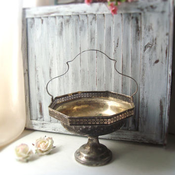 Vintage Silver Plate Pedestal Dish with Handle, Ornate Brides Basket, Metal Centerpiece Bowl, Basket, Shabby Chic, Wedding Decor, Gift Ideas