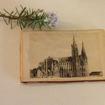 Antique Postcard book of Chartres's cathedral // French vintage accessories