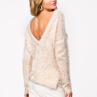 DEEP BACK FLUFFY SWEATER