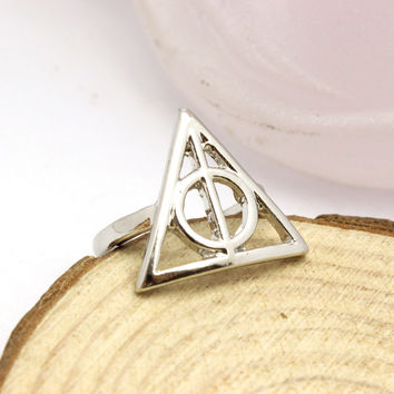 Size 10 Harry Potter Jewelry Luna Lovegood Deathly Hallows Triangle Finger Rings  Plated Metal Hollow Cocktail Ring