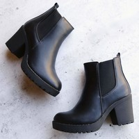 chunky heel chelsea booties with elastic side panel in black