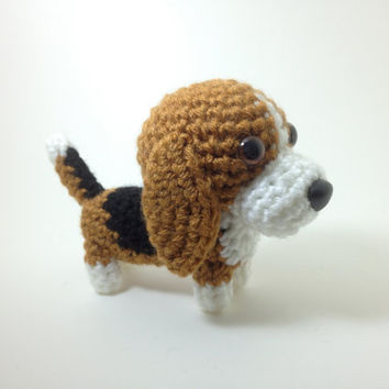 Basset Hound Amigurumi Dog Crochet Dog Stuffed Animal Dog Handmade Doll / Made to Order