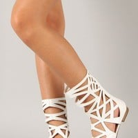 Breckelle Solo-04 Leatherette Cut Out Gladiator Flat Sandal