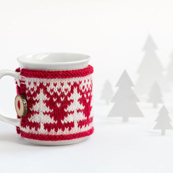 Cup Cozy with Christmas Trees, Knitted Mug Cozy, Coffee Cozy, Tea Cup Cozy, Handmade Wooden Button, Coffee Cozy Sleeve, Christmas, Gift