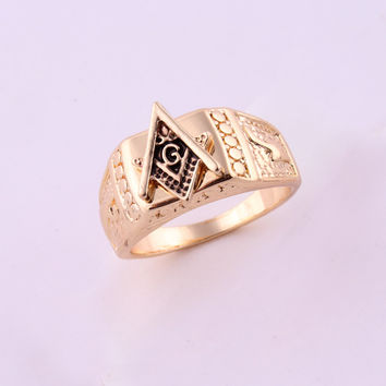 18Kt Gold Plated G Triangle Ring