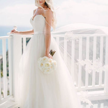 Wedding Dresses Spaghetti Straps Sweetheart Neck Tulle Sleeveless Wedding Dress G2584