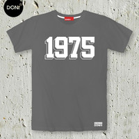 1975 ,Minimal T-shirt ,Song T-shirt,Quote Tshirt,Slogan Tshirt,Typography tees,Teen Tshirt,friend gift,Rock,tumblr,rock tshirt,Matthew Healy