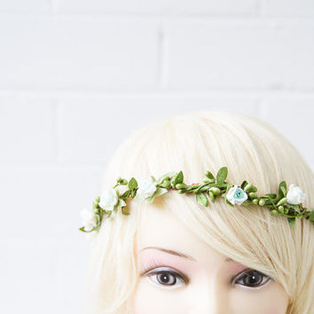 green and ivory woodland rose hair wreath // rose headband, wedding headpiece, flower crown, vintage inspired