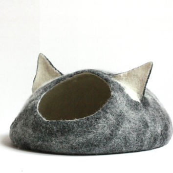 Cat bed - cat cave - cat house - eco-friendly handmade felted wool cat bed - black and natural white
