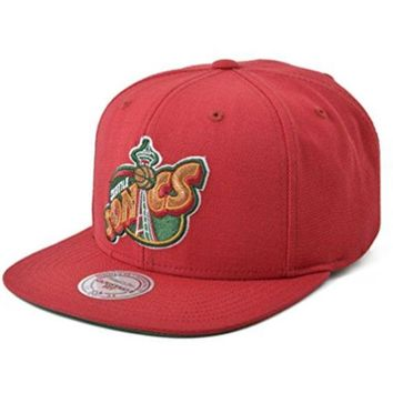 ONETOW Mitchell and Ness Seattle Supersonics NBA Adjustable Fit Wool Solid 2 Snapback Cap