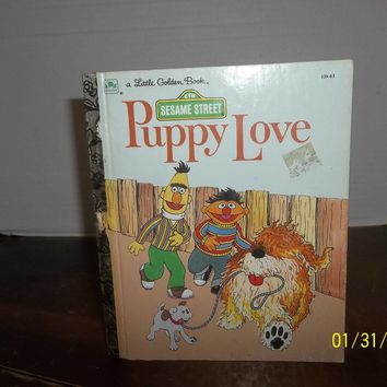 vintage 1983 little golden sesame street puppy love book