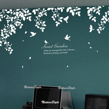 Beautiful branches with Flying BirdsVinyl Wall by NatureStyle