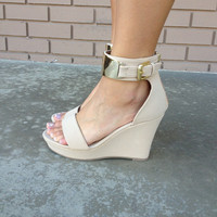 Nude Abstract Wedges