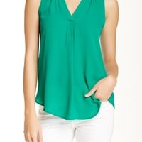 Sleeveless Henley (Juniors)