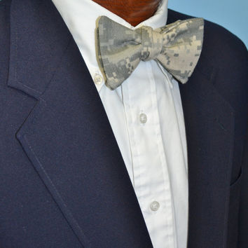 Camo Bow Tie (More Colors Available)