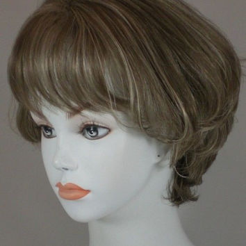 Short Brown/Blond Wavy Layered Bob Style Wig w/ Bangs