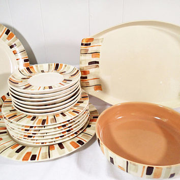 Red Wing Pottery Dinnerware Desert Sun Mid Century Retro 21 piece set, serving platter, serving bowl, lunch and dinner plates, saucers