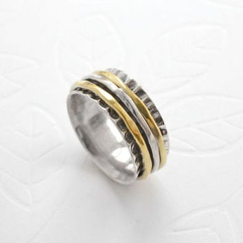 Sterling Silver Mixed Metal Spinning Shell Ring