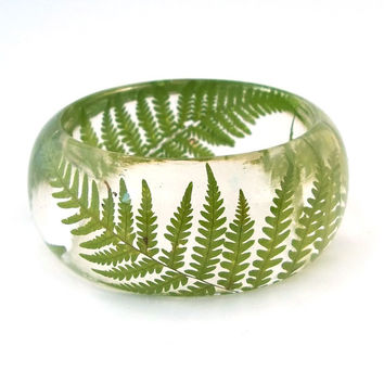 Pressed Fern Bangle - Chunky Resin Bangle. Handmade Botanical Resin Jewelry. Gift for Her, Gift for Mom, Gift for the Nature Lover.