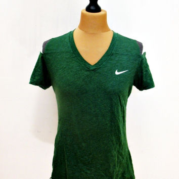 Retro Nike Green T-Shirt V-Neck