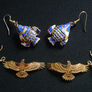 2 Pairs Vintage Wiggle Wire Earrings Gold Tone Eagle or Hawk Bird and Golden Chinese Japanese Oriental Blue Enamel Cloisonne Koi Nemo Fish
