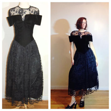 80s Prom Dress Scott McClintock Velvet Lace Off Shoulder Unusual Sexy Goth Fancy Party Holiday Gown size 4