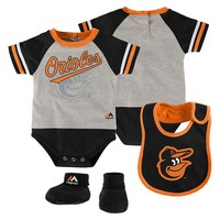 Majestic Baltimore Orioles Little Player Creeper, Bootie & Bib Set - Baby (Grey)
