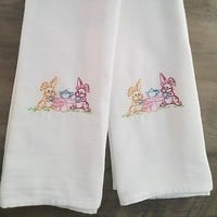 Set of 2 Embroidered Flour Sack Cloth Kitchen Dish Tea Towels Bunny Rabbits
