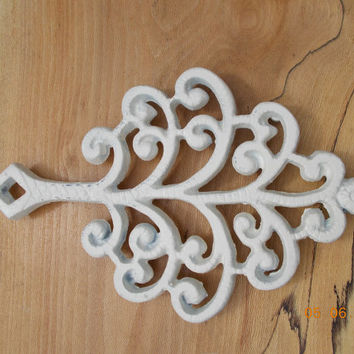 Shabby Chic Painted Antique White Christmas Cast Iron Kitchen Trivet  Wall Hanging Decoration Silhouette black silhouette Vintage Housewares
