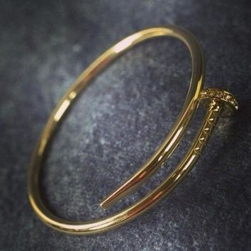 LMFIH3 Cartier exquisite fashion personality nail bracelet F Gold