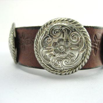 3 Conchos Leather  Bracelet   Brown Leather  Cuff  Concho, Leather Cuff Bracelet ,Unisex Country Western Bracelet