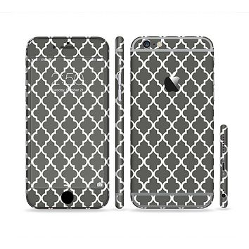 The Gray & White Seamless Morocan Pattern Sectioned Skin Series for the Apple iPhone 6
