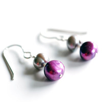 Magenta and grey freshwater pearl dangle earrings, handmade using solid sterling silver wire. Purple and gray beaded jewelry.