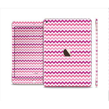 The Subtle Pinks and White Chevron Pattern Skin Set for the Apple iPad Air 2