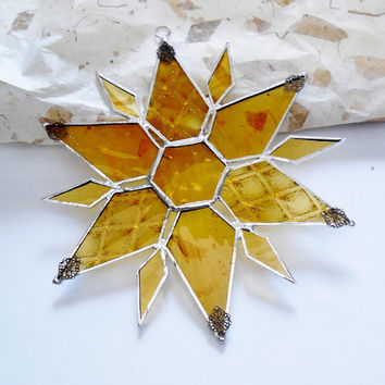 Stained Glass Star. Holiday ornament. Suncatcher. Christmas Golden Star.