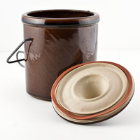 Dark Brown 38oz Cheese Crock with Lid, Wire Clamp and Rubber Seal