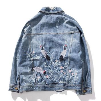 Trendy 2018 Fall Casual Office Lady Office Lady Simple Women Denim Jackets Loose Lapel Animal Floral Embroidery Female Fashion Overcoat AT_94_13