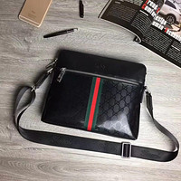 GUCCI MEN'S LEATHER CROSS BODY BAG