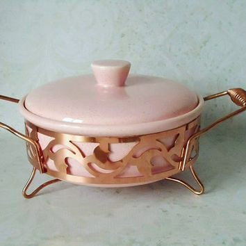 Vintage Pink Speckle California Ceramic Casserole Dish in Server